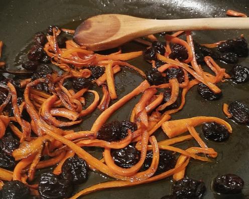 AFG carrot:raisin